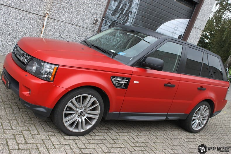 Range Rover Sport in Smoldering Satin Red, Carwrapping door Wrapmyride.nu Foto-nr:10301, ©2020