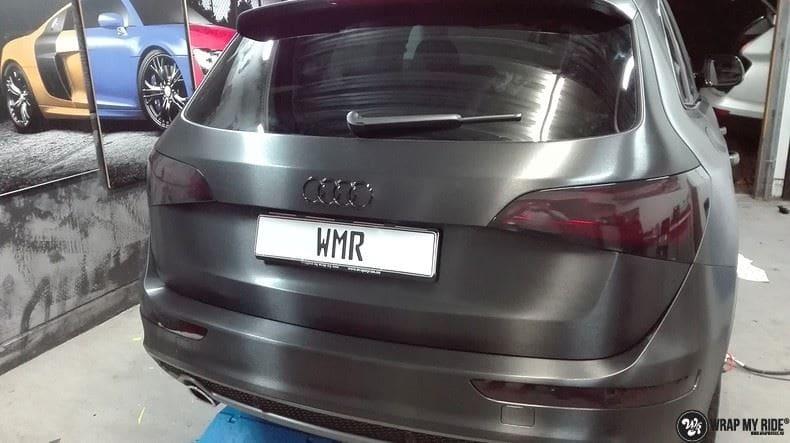 Audi Q5 Brushed black, Carwrapping door Wrapmyride.nu Foto-nr:8425, ©2020