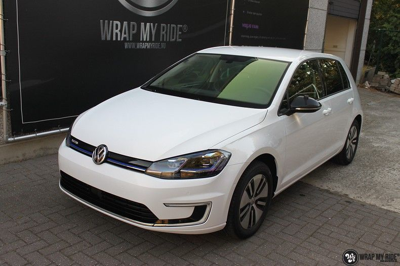 vw e-golf 3m glosse white gold sparkle, Carwrapping door Wrapmyride.nu Foto-nr:11732, ©2020