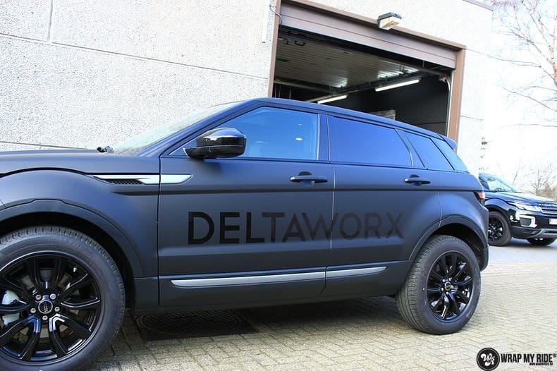 Range Rover Evoque 2016 mat  zwart Deltaworx, Carwrapping door Wrapmyride.nu Foto-nr:8763, ©2020