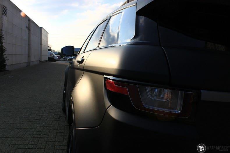 Range Rover Evoque 2016 mat  zwart Deltaworx, Carwrapping door Wrapmyride.nu Foto-nr:8758, ©2020