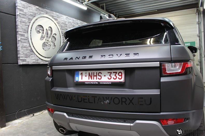 Range Rover Evoque 2016 mat  zwart Deltaworx, Carwrapping door Wrapmyride.nu Foto-nr:8757, ©2020