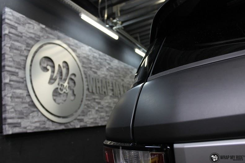 Range Rover Evoque 2016 mat  zwart Deltaworx, Carwrapping door Wrapmyride.nu Foto-nr:8756, ©2020