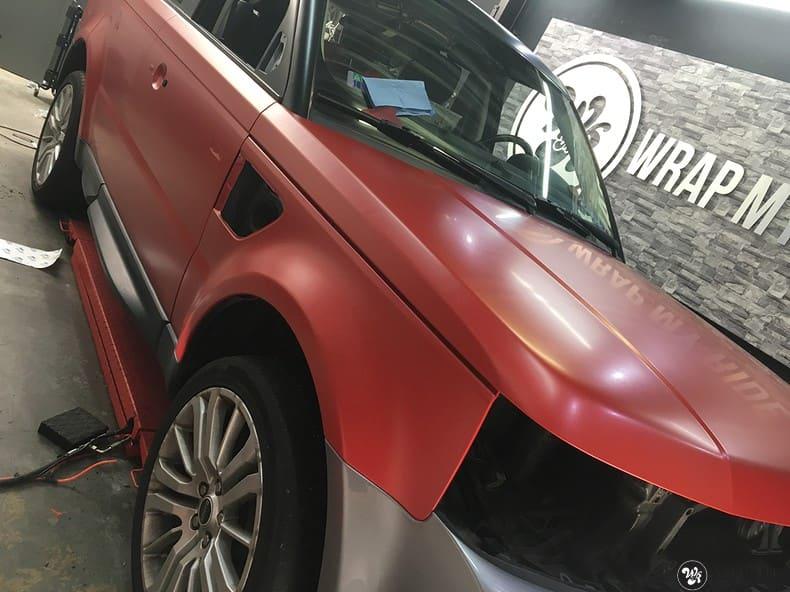Range Rover Sport in Smoldering Satin Red, Carwrapping door Wrapmyride.nu Foto-nr:10327, ©2020