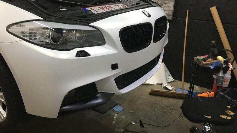 BMW F10 Satin frozen vanilla, Carwrapping door Wrapmyride.nu Foto-nr:9470, ©2018
