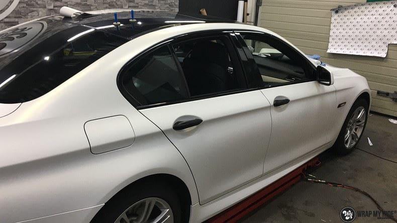 BMW F10 Satin frozen vanilla, Carwrapping door Wrapmyride.nu Foto-nr:9467, ©2021