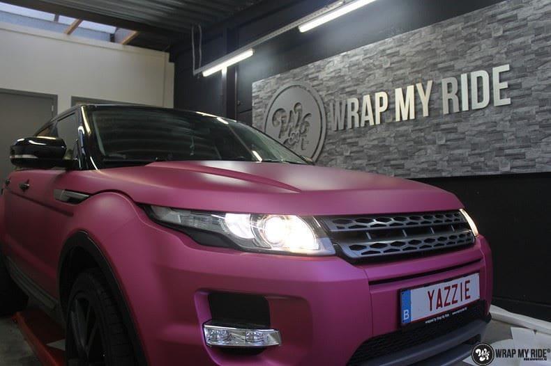 Range Rover Evoque matte metallic pink, Carwrapping door Wrapmyride.nu Foto-nr:8916, ©2020