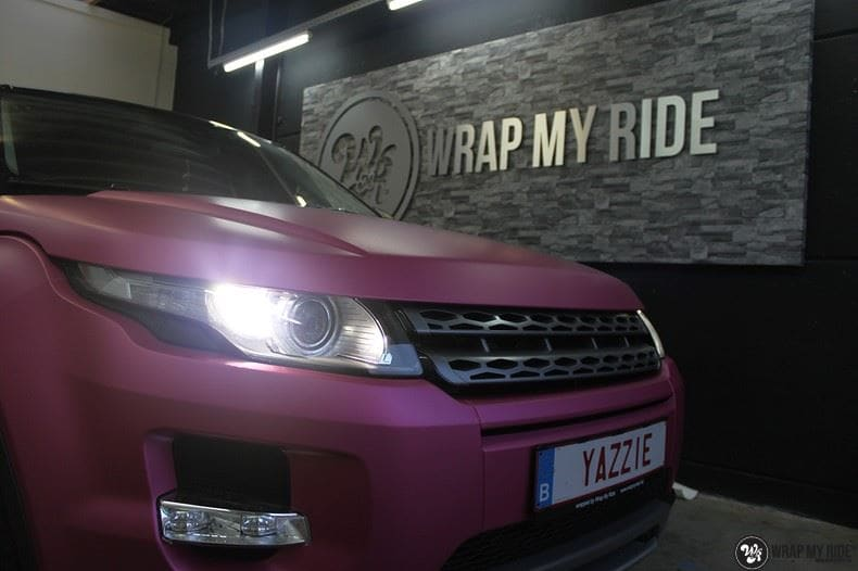 Range Rover Evoque matte metallic pink, Carwrapping door Wrapmyride.nu Foto-nr:8915, ©2021