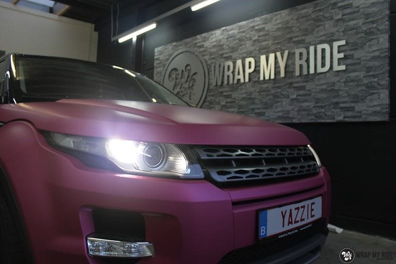 Range Rover Evoque matte metallic pink, Carwrapping door Wrapmyride.nu Foto-nr:8914, ©2021