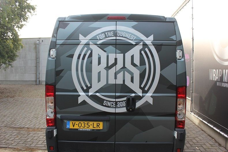 B2S CAMO wrap for the toughest, Carwrapping door Wrapmyride.nu Foto-nr:12399, ©2021