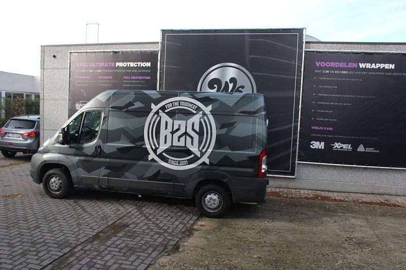 B2S CAMO wrap for the toughest, Carwrapping door Wrapmyride.nu Foto-nr:12388, ©2020