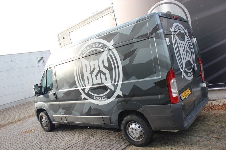 B2S CAMO wrap for the toughest, Carwrapping door Wrapmyride.nu Foto-nr:12384, ©2021