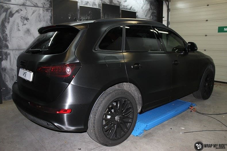Audi Q5 Brushed black, Carwrapping door Wrapmyride.nu Foto-nr:8387, ©2021
