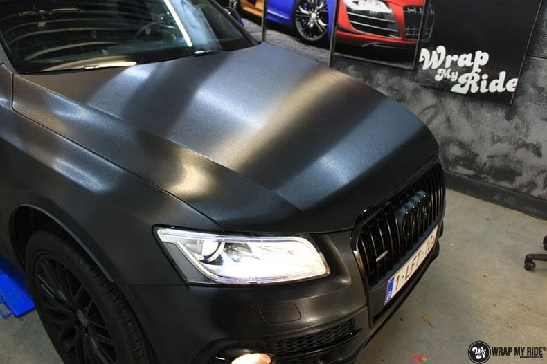 Audi Q5 Brushed black, Carwrapping door Wrapmyride.nu Foto-nr:8413, ©2021
