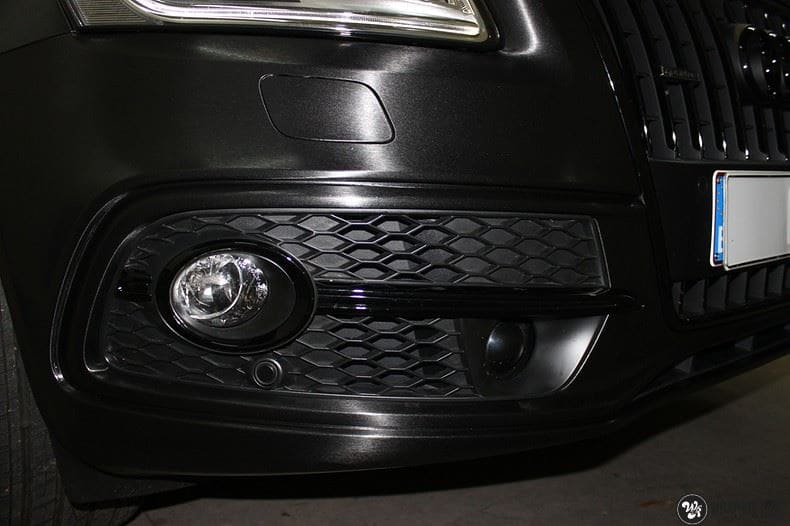 Audi Q5 Brushed black, Carwrapping door Wrapmyride.nu Foto-nr:8417, ©2021