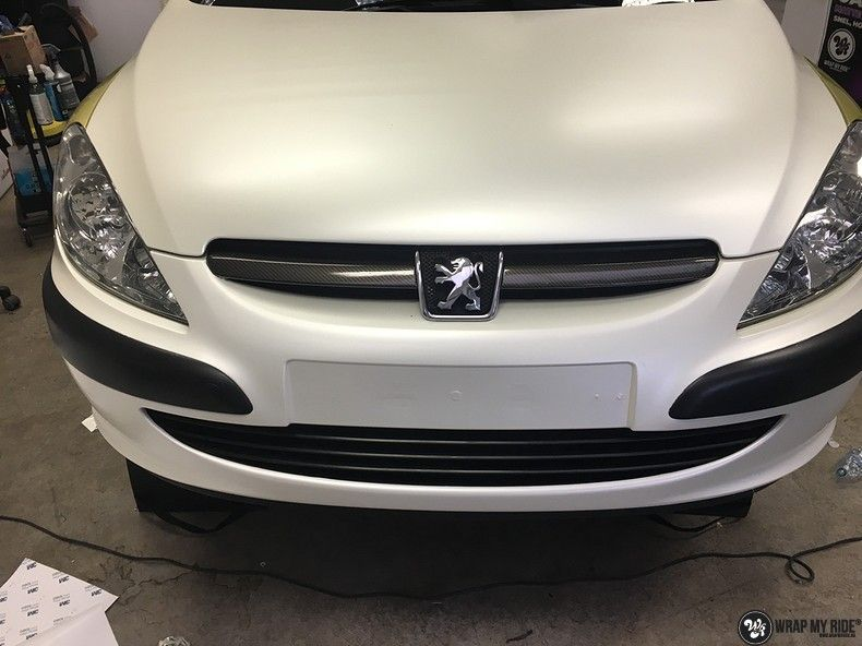 Peugeot 307 3m satin white pearl, Carwrapping door Wrapmyride.nu Foto-nr:11715, ©2020