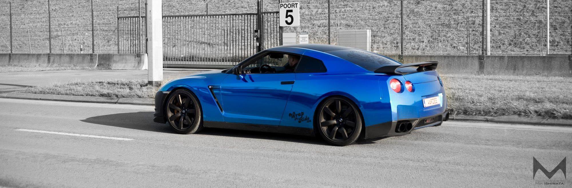 Bling-bling Blauwe WMR GT-R Gespot