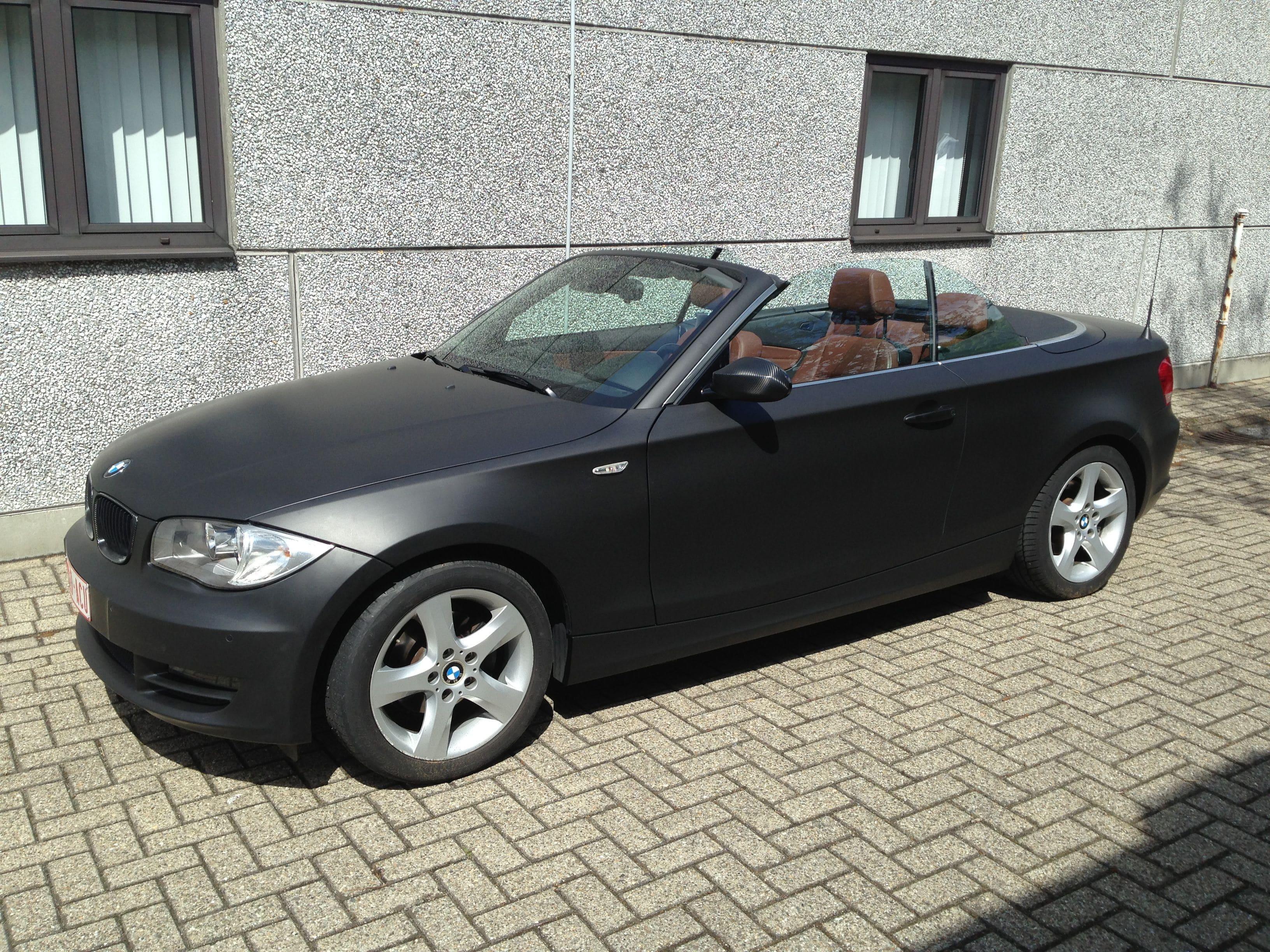 BMW 1 Serie Cabrio met Mat Zwarte Wrap, Carwrapping door Wrapmyride.nu Foto-nr:5196, ©2021