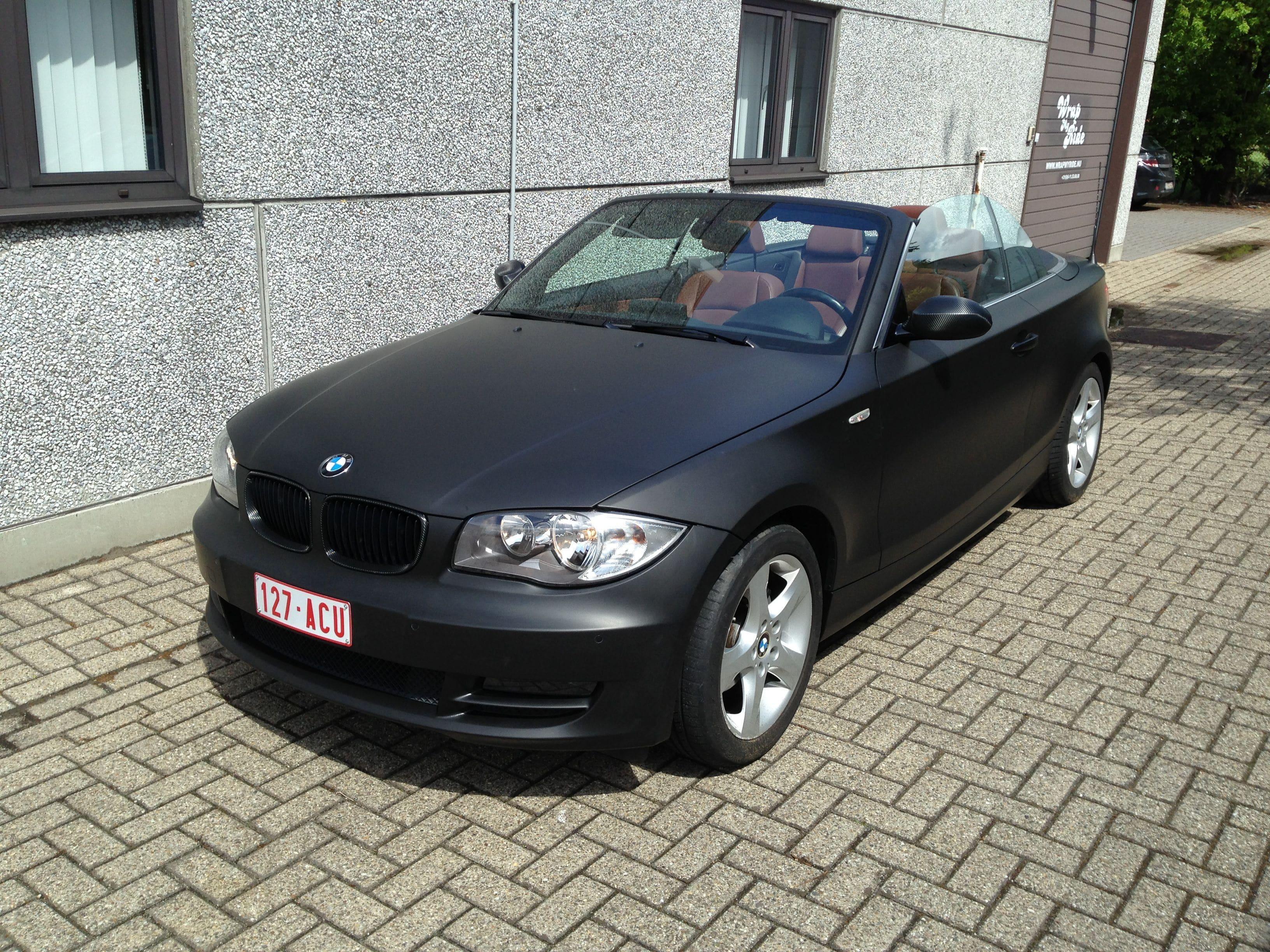 BMW 1 Serie Cabrio met Mat Zwarte Wrap, Carwrapping door Wrapmyride.nu Foto-nr:5198, ©2021