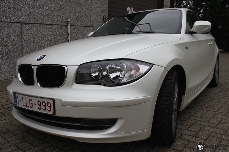 BMW 1-serie 3M Satin Pearl White, Carwrapping door Wrapmyride.nu Foto-nr:9047, ©2018