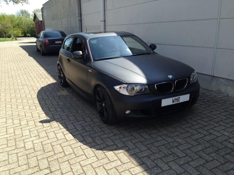 BMW 123 met Mat Zwarte Wrap, Carwrapping door Wrapmyride.nu Foto-nr:5272, ©2021