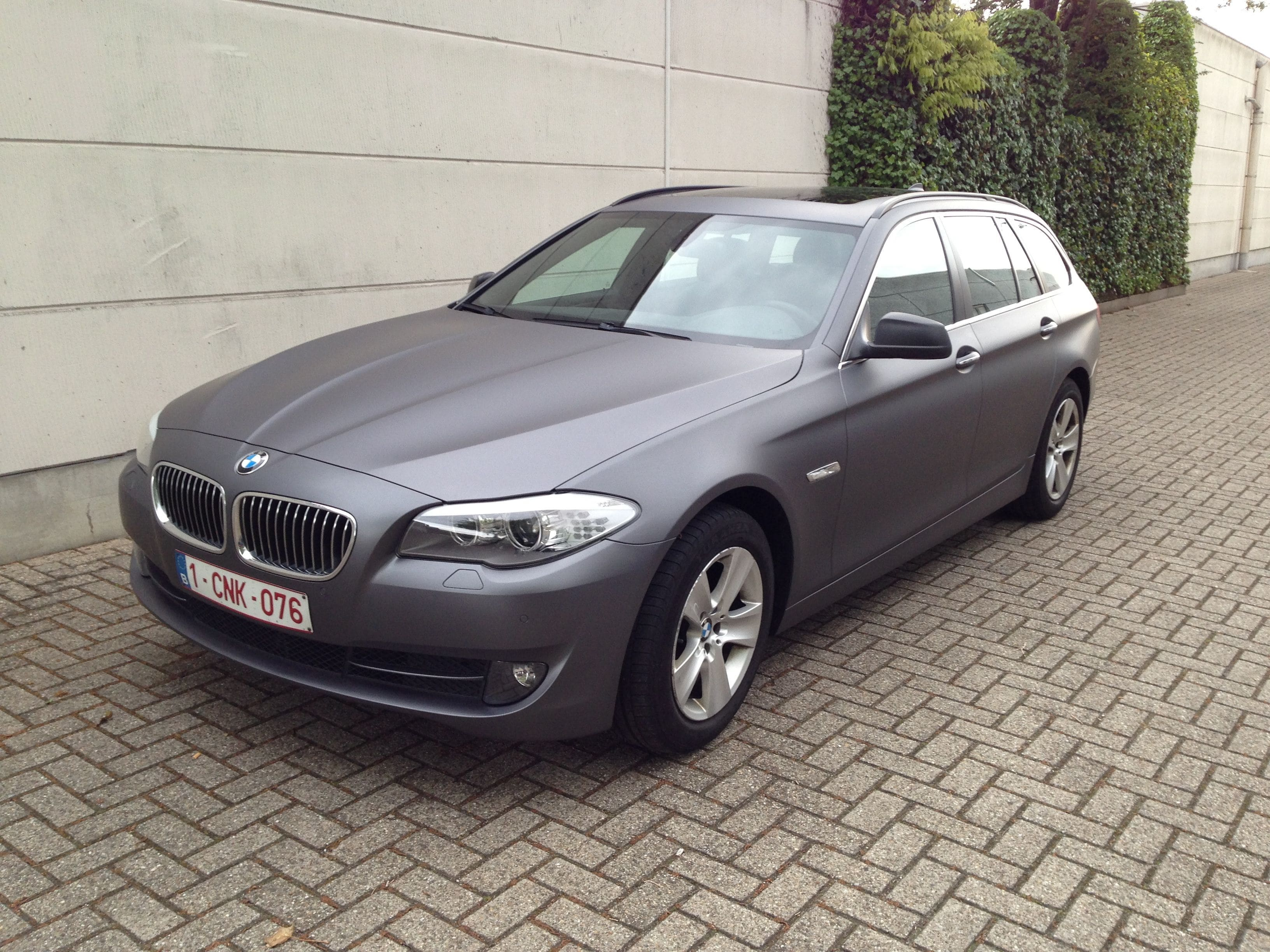 BMW 5 Serie met Gunpowder Wrap, Carwrapping door Wrapmyride.nu Foto-nr:5263, ©2021