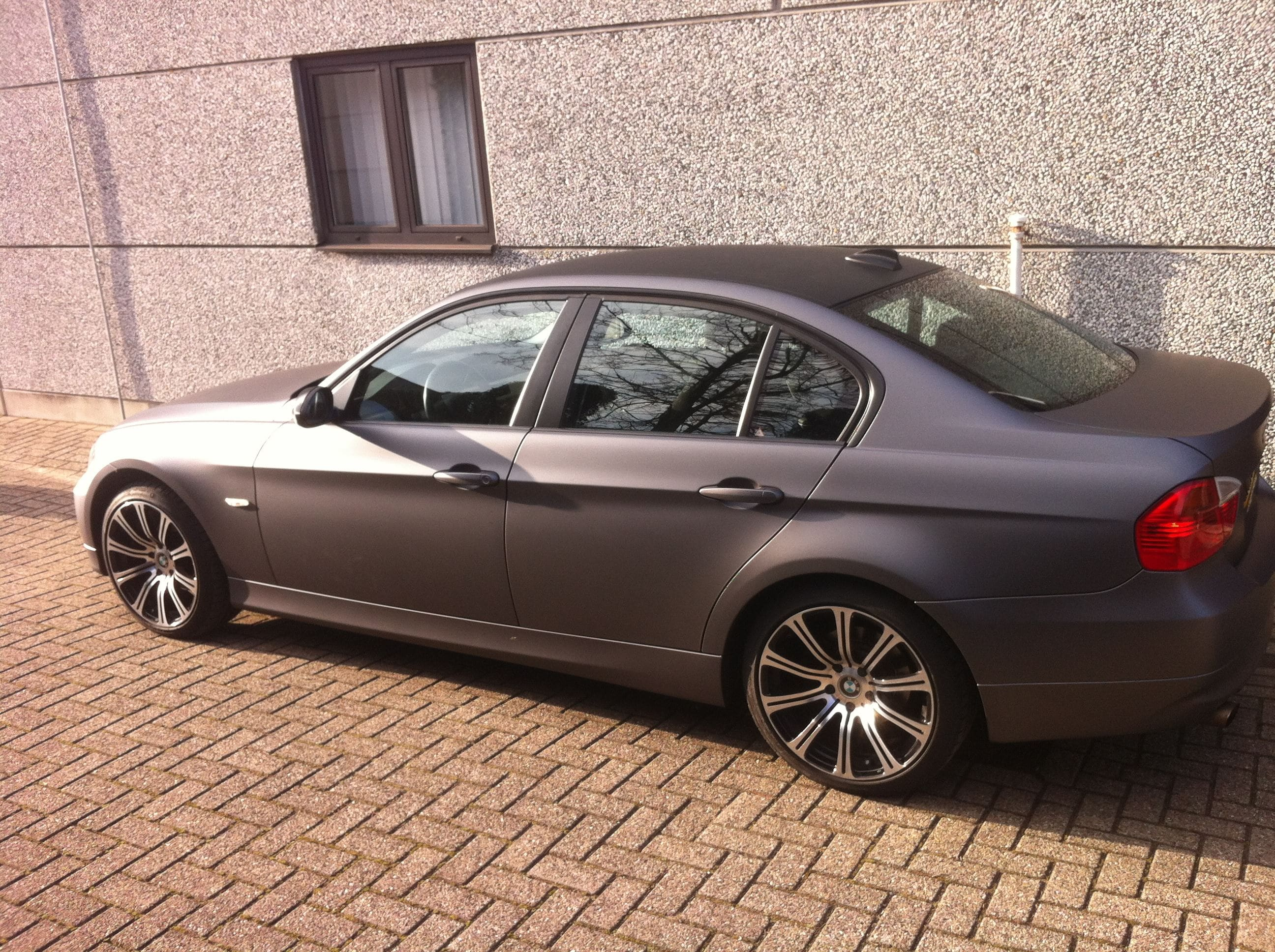 BMW E90 met Gunpowder Wrap, Carwrapping door Wrapmyride.nu Foto-nr:5370, ©2021