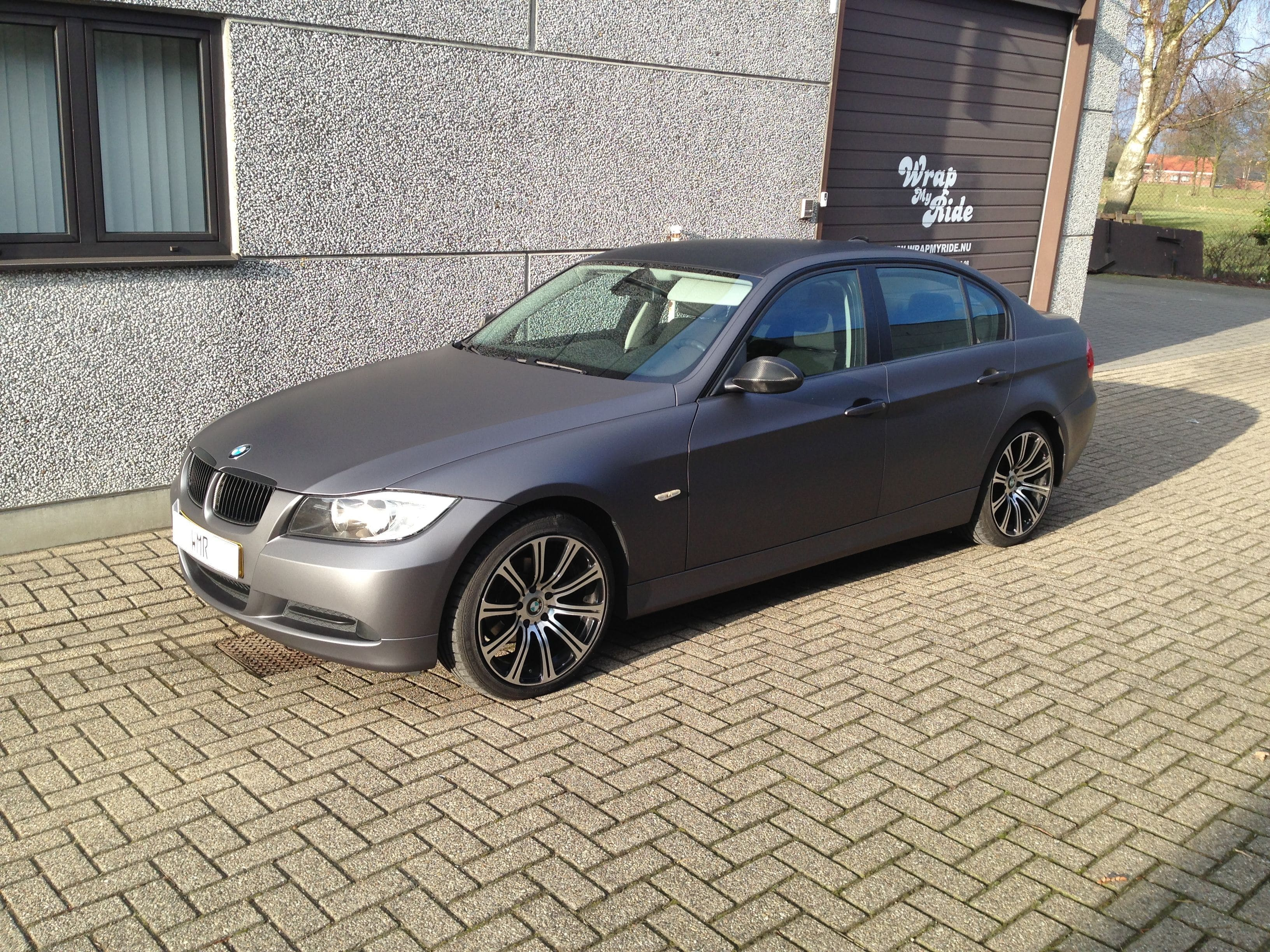 BMW E90 met Gunpowder Wrap, Carwrapping door Wrapmyride.nu Foto-nr:5372, ©2021