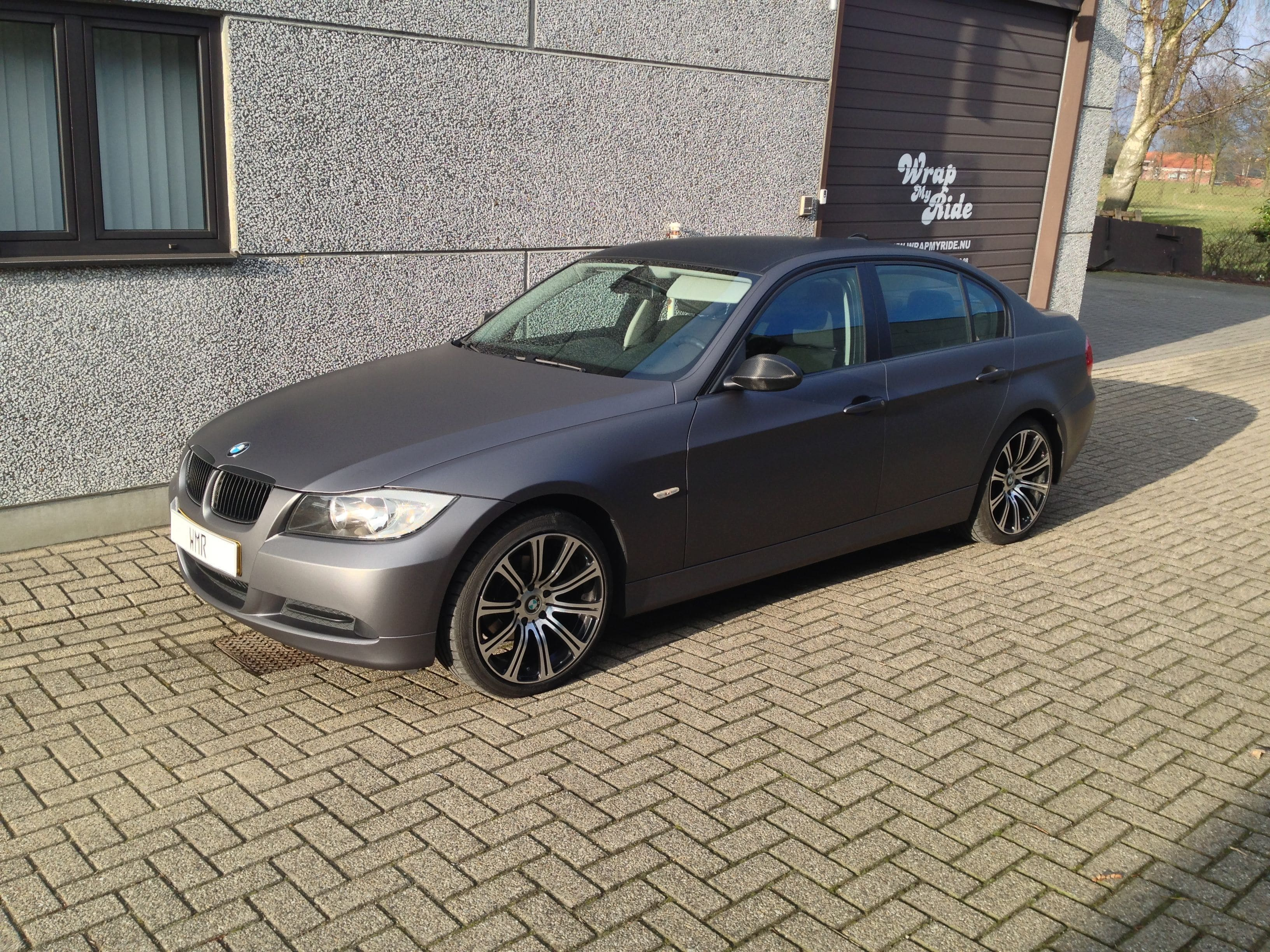 BMW E90 met Gunpowder Wrap, Carwrapping door Wrapmyride.nu Foto-nr:5373, ©2021