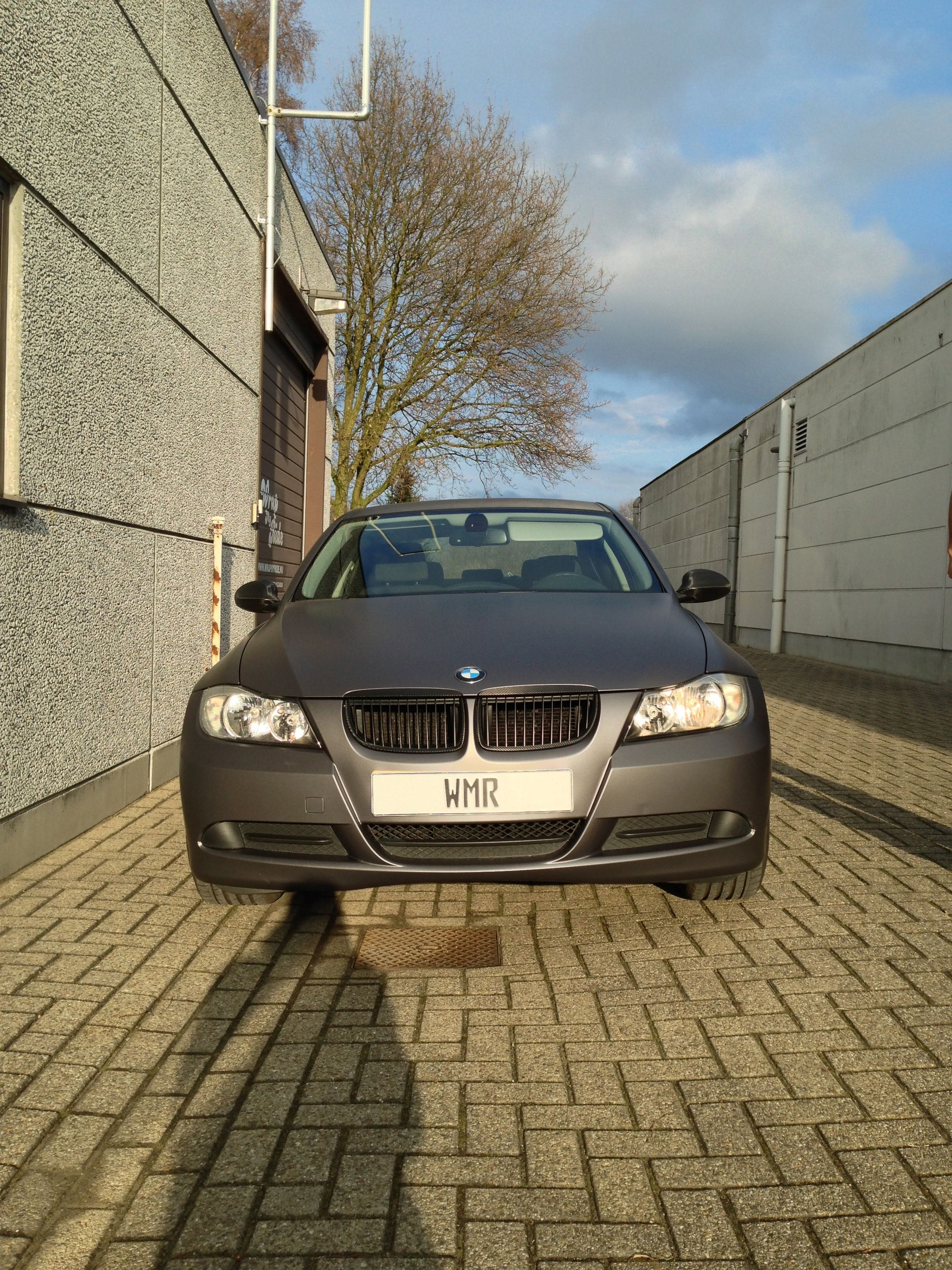 BMW E90 met Gunpowder Wrap, Carwrapping door Wrapmyride.nu Foto-nr:5376, ©2021