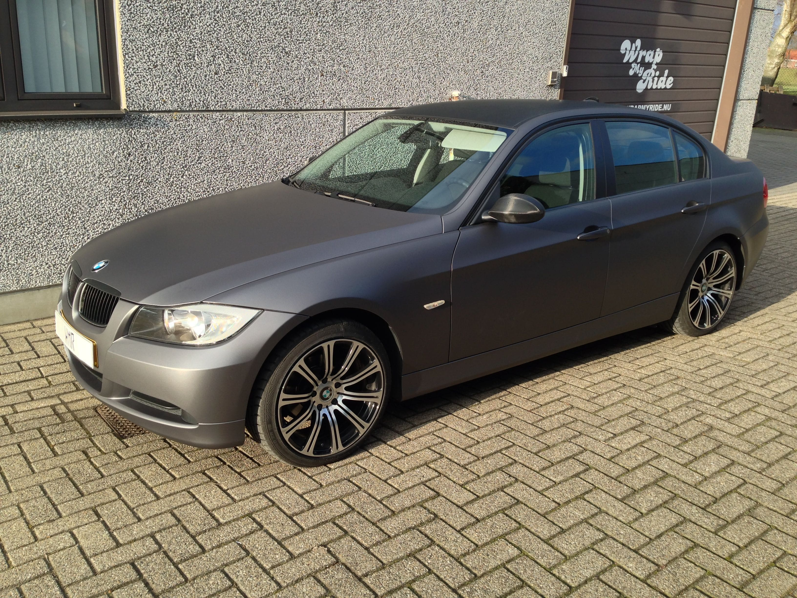 BMW E90 met Gunpowder Wrap, Carwrapping door Wrapmyride.nu Foto-nr:5378, ©2021