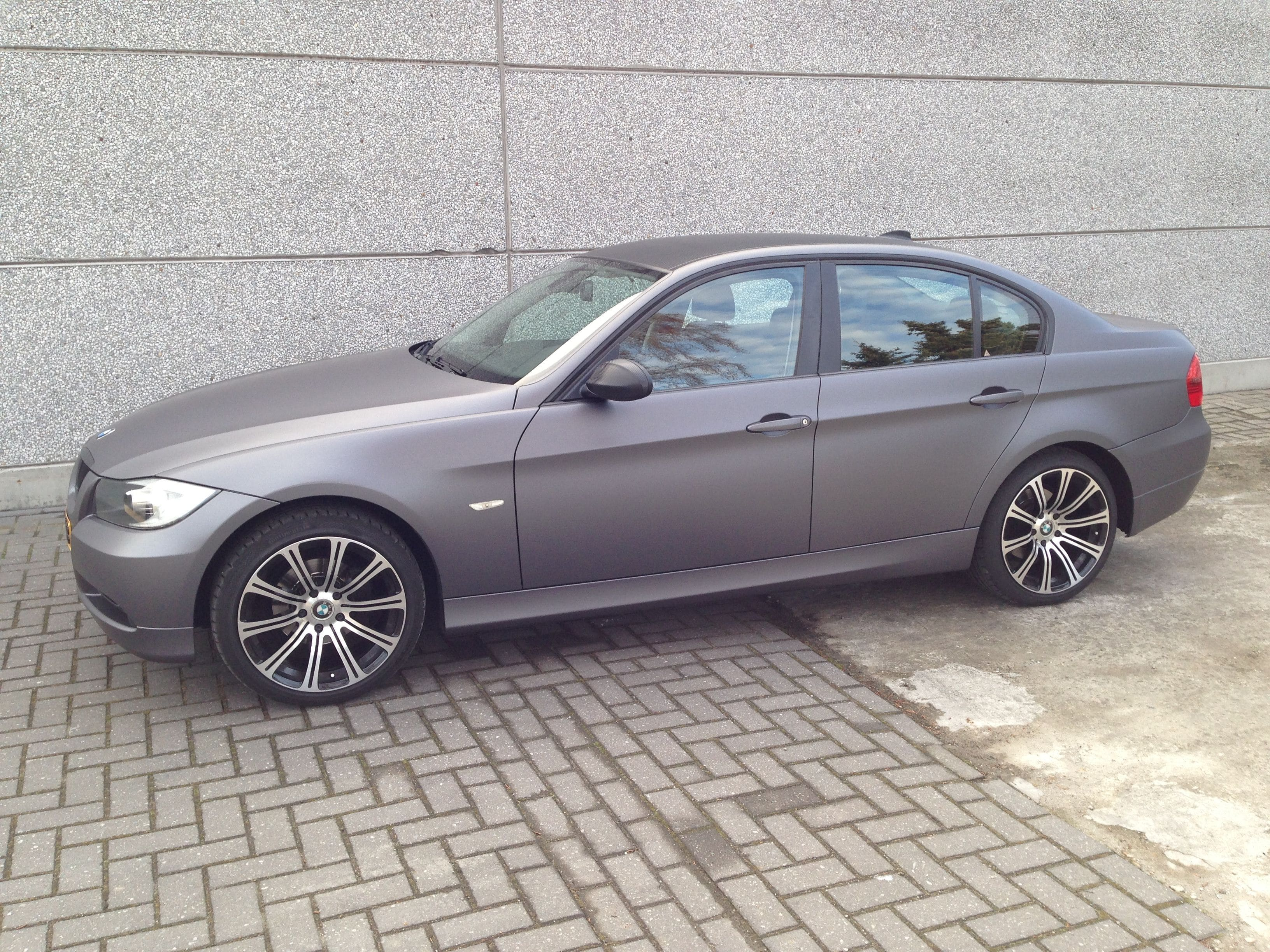 BMW E90 met Gunpowder Wrap, Carwrapping door Wrapmyride.nu Foto-nr:5391, ©2021