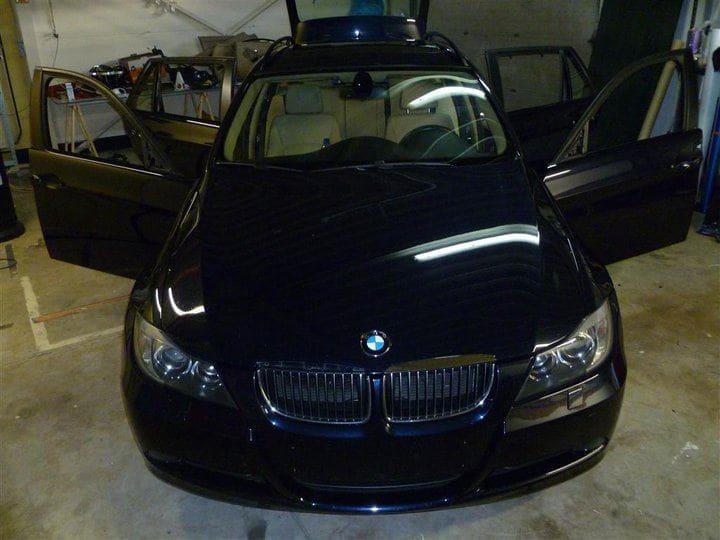 BMW E91 met Mat Zwarte Wrap, Carwrapping door Wrapmyride.nu Foto-nr:5399, ©2021