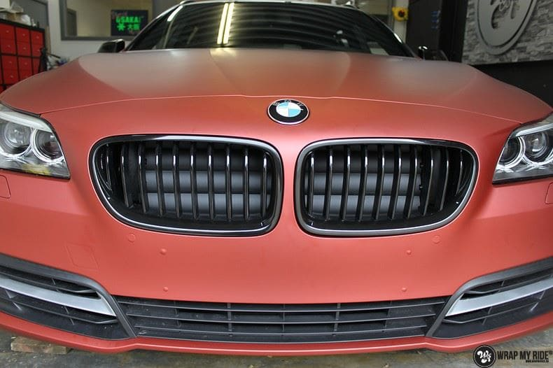 BMW F10 Arlon Red Aluminium, Carwrapping door Wrapmyride.nu Foto-nr:9153, ©2018