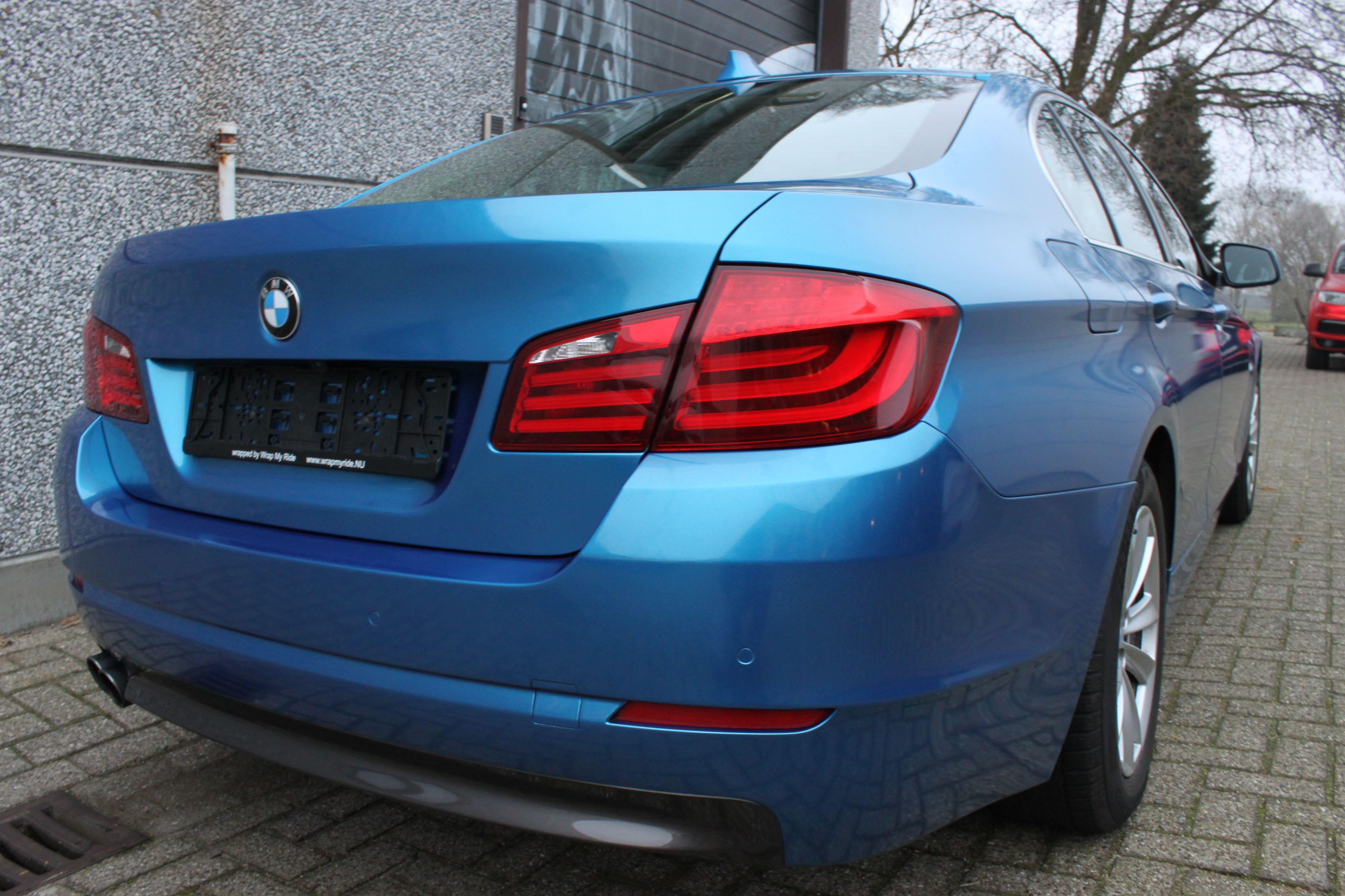 BMW F10 gloss bleu metallic, Carwrapping door Wrapmyride.nu Foto-nr:9511, ©2021