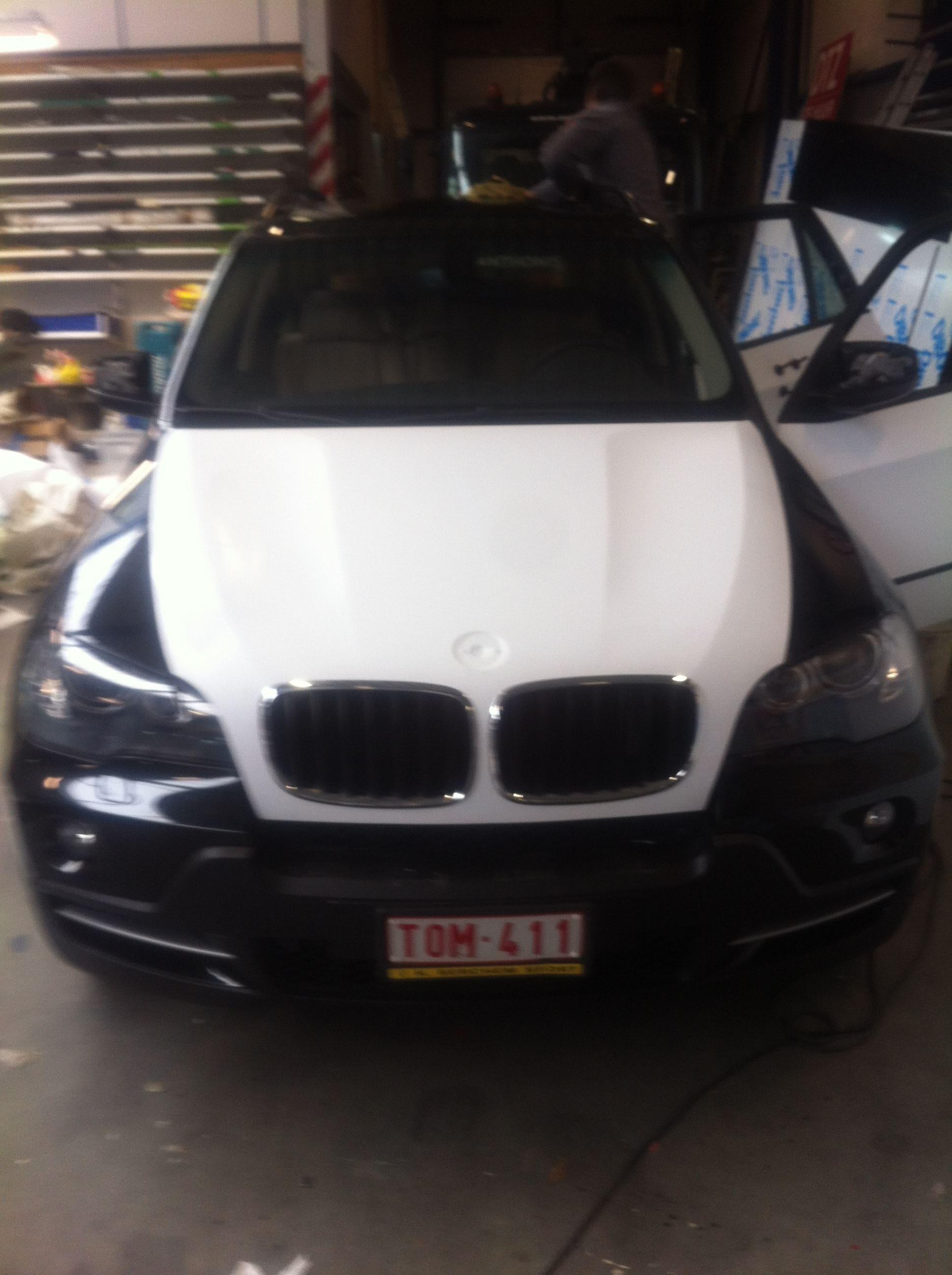 BMW X5 met een Mat Witte Wrap, Carwrapping door Wrapmyride.nu Foto-nr:5437, ©2020