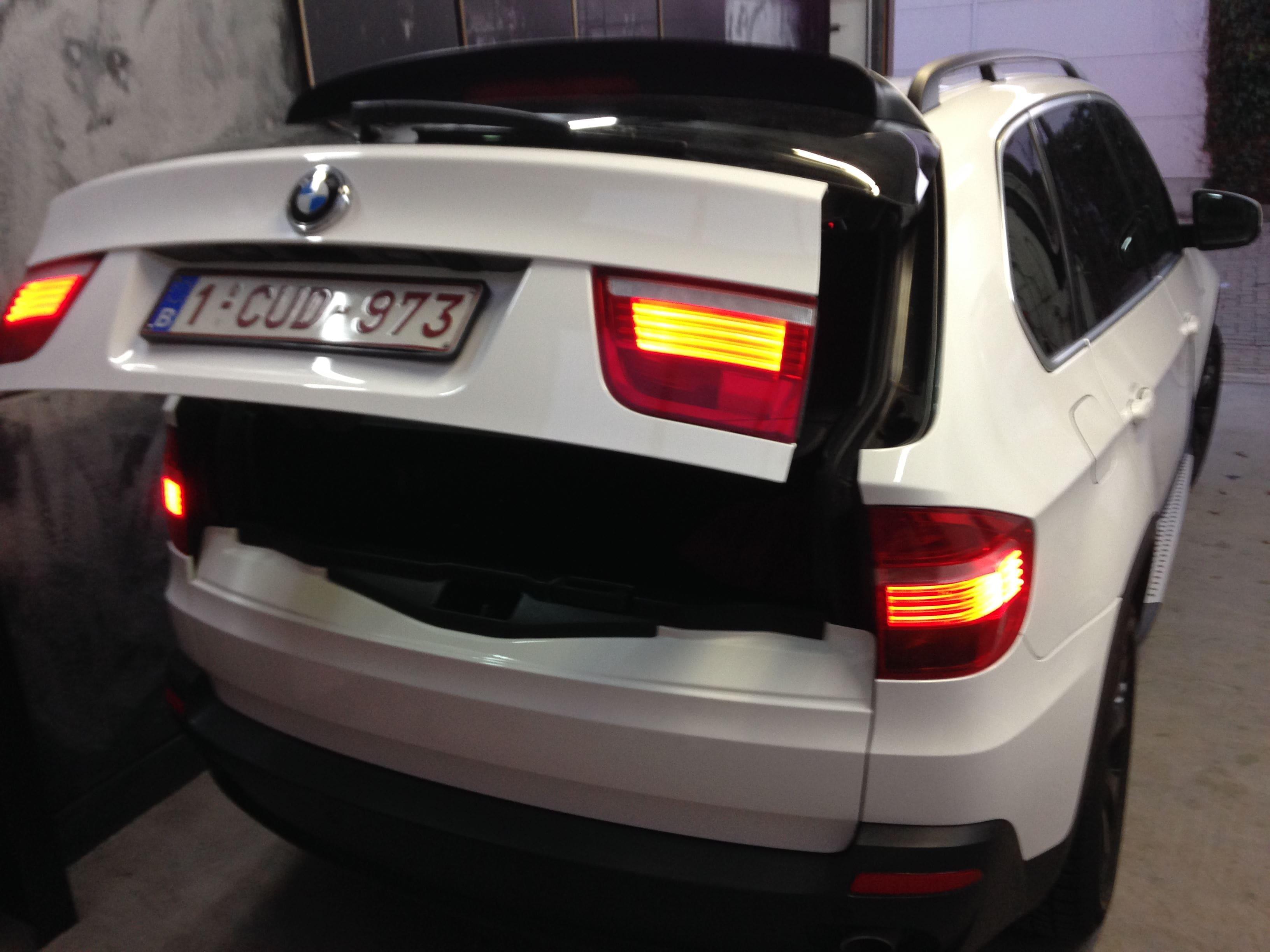 BMW X5 met Glossy White Wrap, Carwrapping door Wrapmyride.nu Foto-nr:5428, ©2021