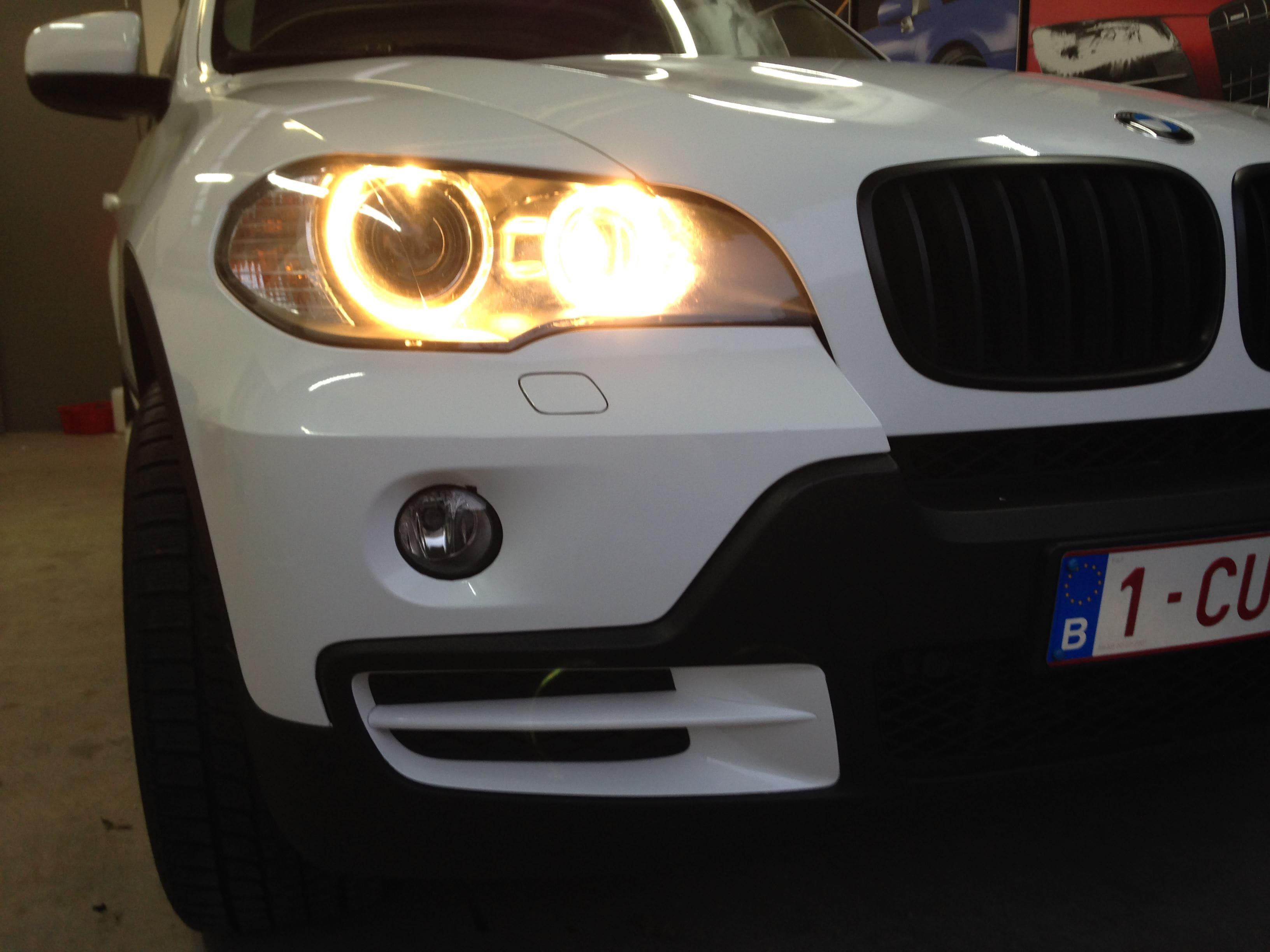 BMW X5 met Glossy White Wrap, Carwrapping door Wrapmyride.nu Foto-nr:5429, ©2021