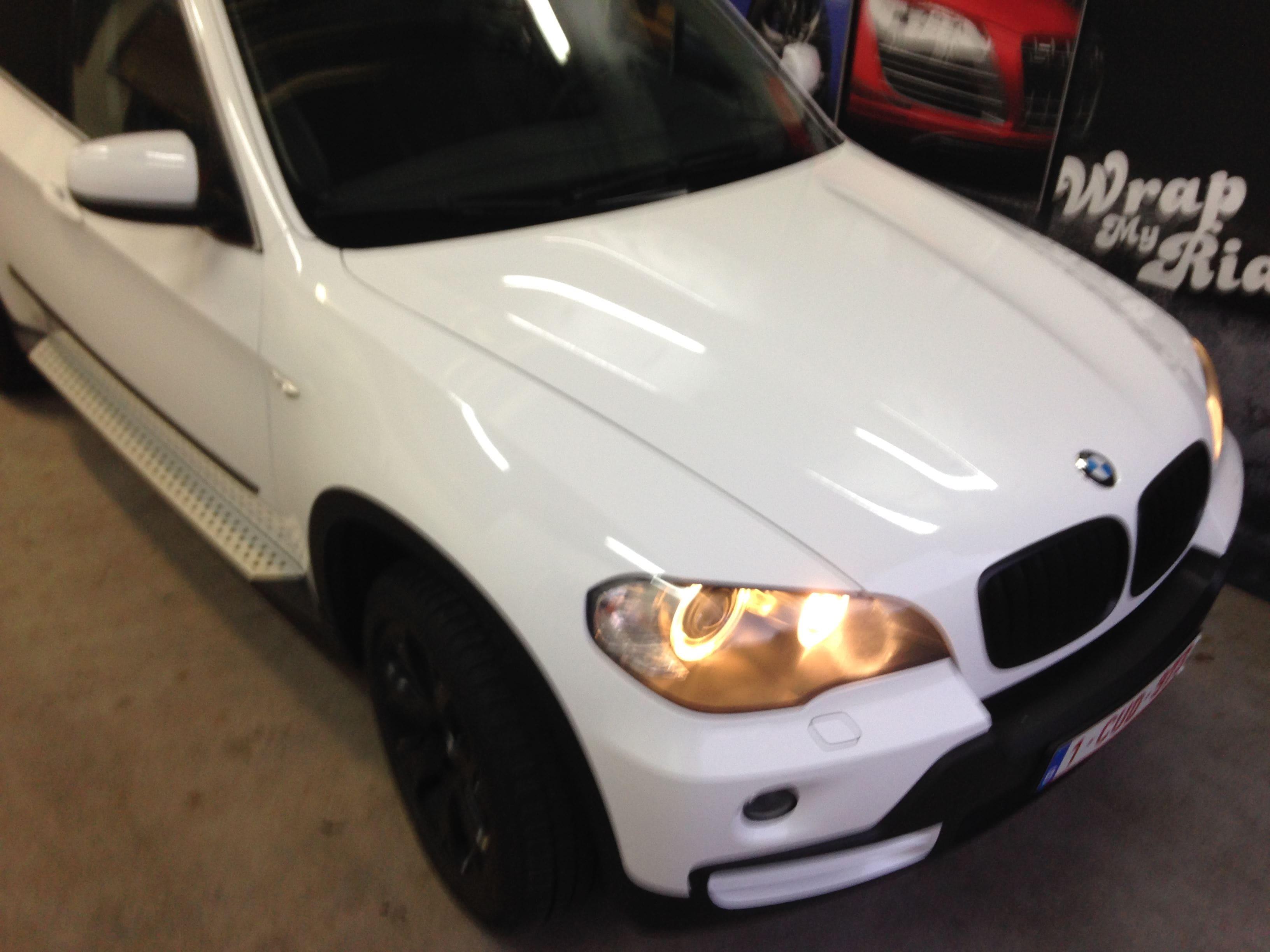 BMW X5 met Glossy White Wrap, Carwrapping door Wrapmyride.nu Foto-nr:5431, ©2021