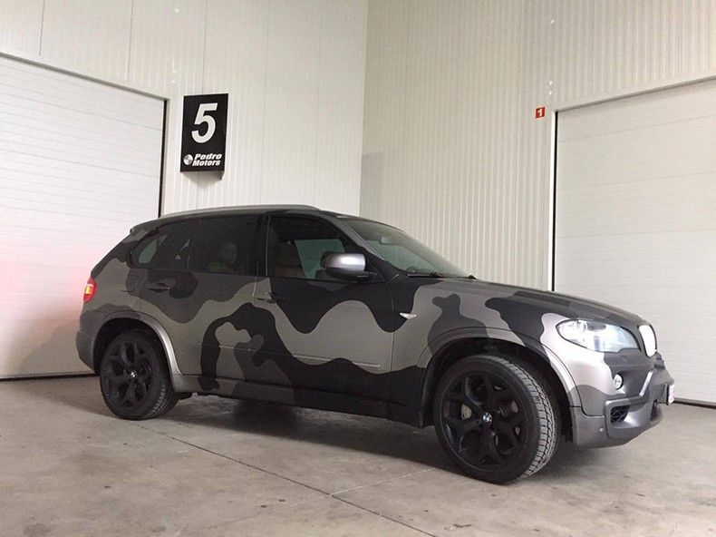BMW X5 stealth camo wrap, Carwrapping door Wrapmyride.nu Foto-nr:11914, ©2019