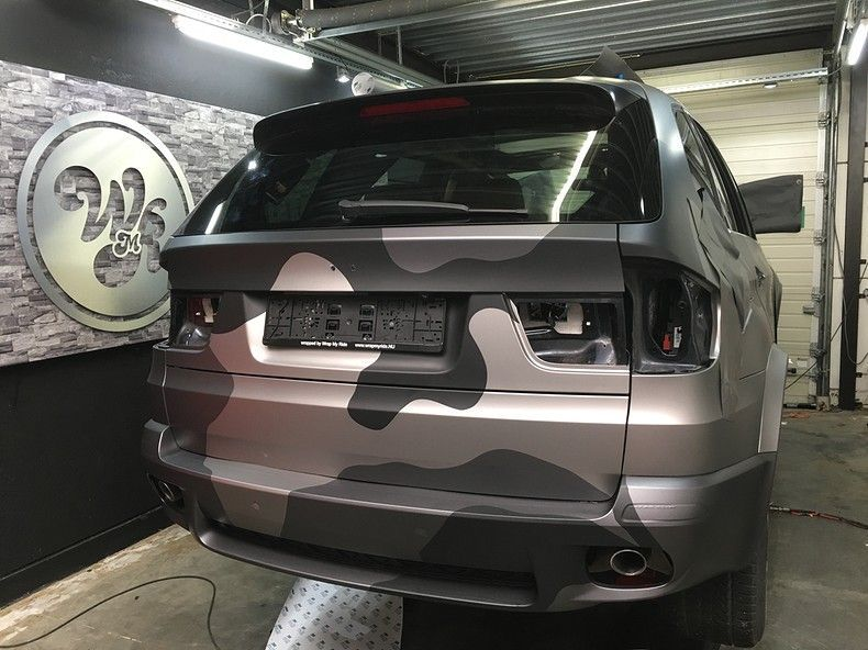 BMW X5 stealth camo wrap, Carwrapping door Wrapmyride.nu Foto-nr:11934, ©2019