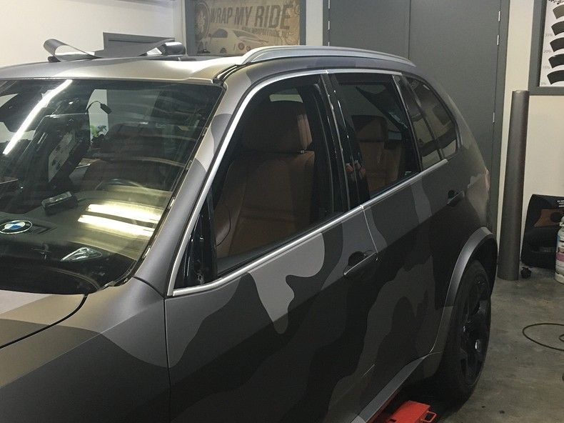 BMW X5 stealth camo wrap, Carwrapping door Wrapmyride.nu Foto-nr:11937, ©2019