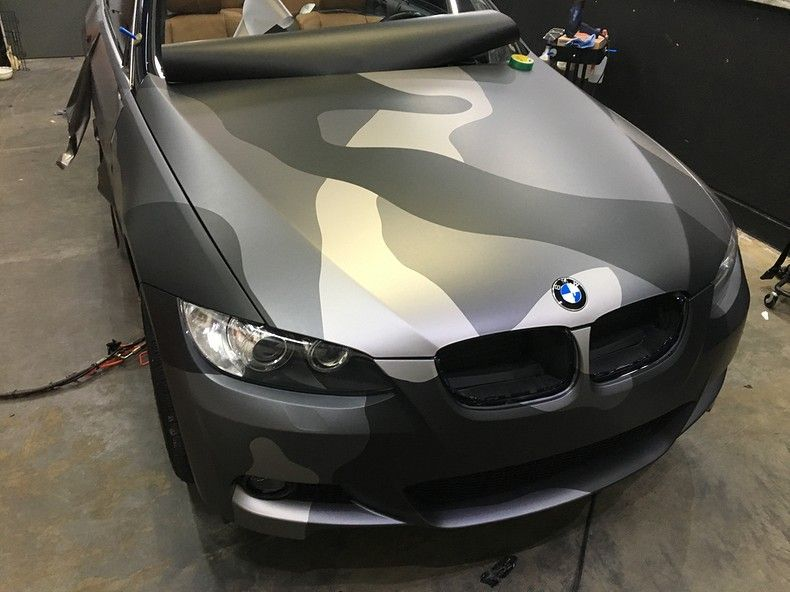 BMW 330 stealth camo wrap, Carwrapping door Wrapmyride.nu Foto-nr:11953, ©2018