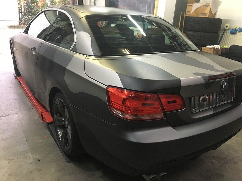 BMW 330 stealth camo wrap, Carwrapping door Wrapmyride.nu Foto-nr:11961, ©2018