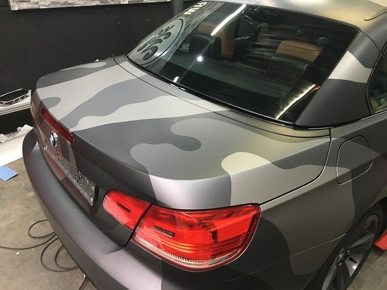 BMW 330 stealth camo wrap, Carwrapping door Wrapmyride.nu Foto-nr:11971, ©2018