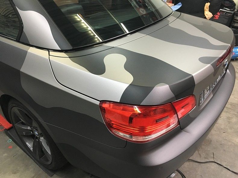 BMW 330 stealth camo wrap, Carwrapping door Wrapmyride.nu Foto-nr:11972, ©2018