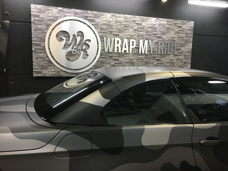 BMW 330 stealth camo wrap, Carwrapping door Wrapmyride.nu Foto-nr:11978, ©2018