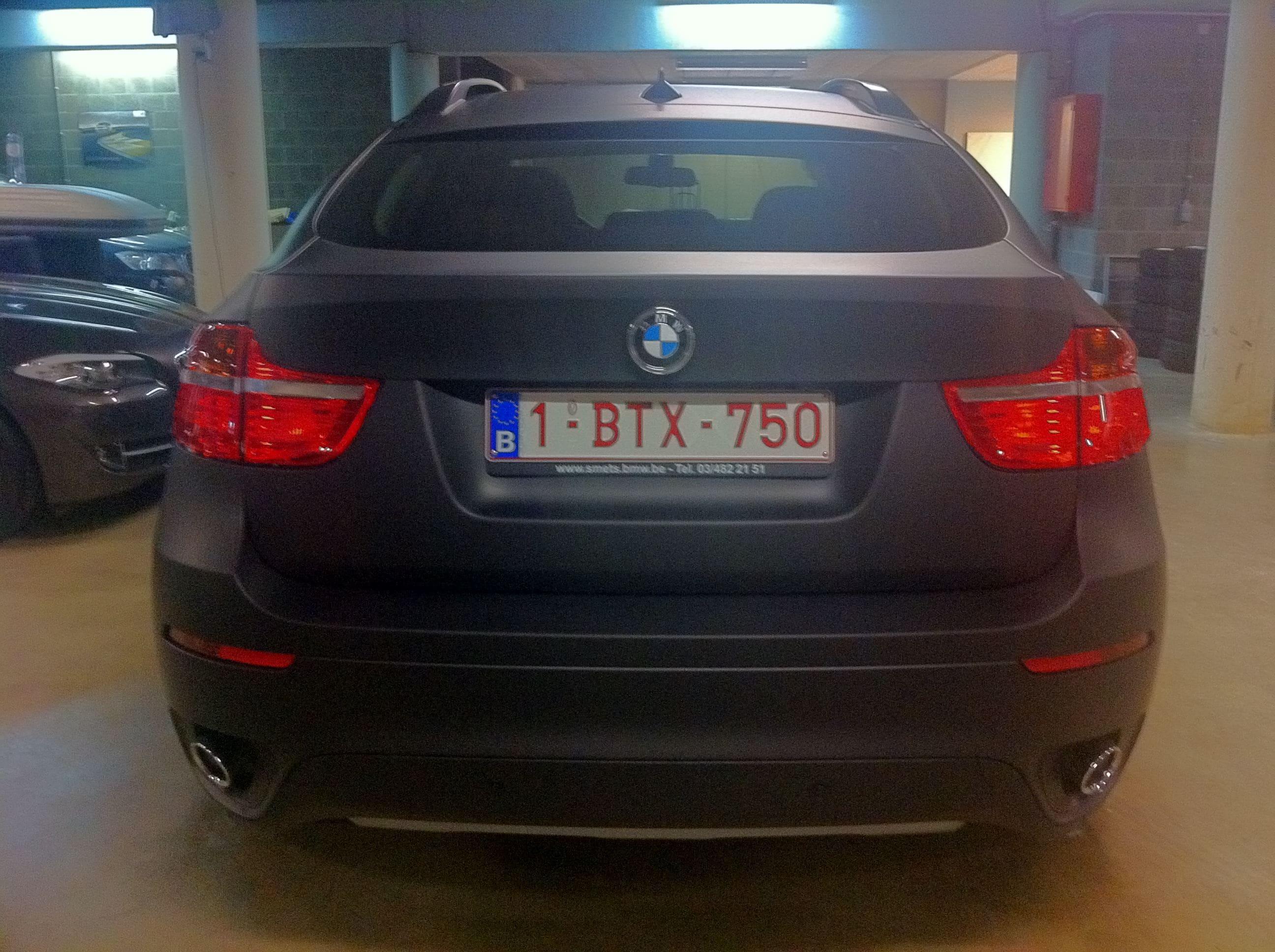 BMW X6 met Mat Zwarte Wrap, Carwrapping door Wrapmyride.nu Foto-nr:5487, ©2020
