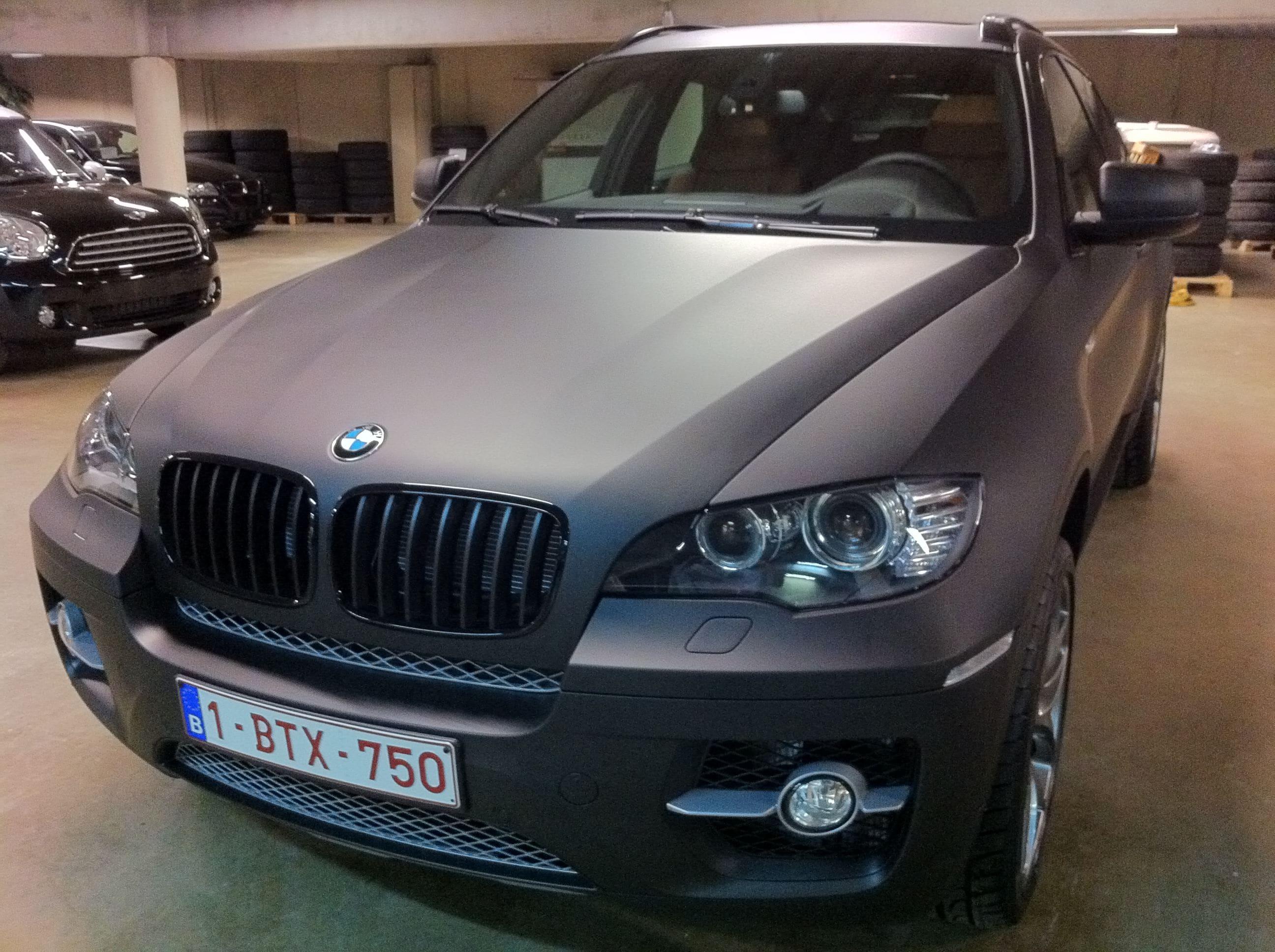BMW X6 met Mat Zwarte Wrap, Carwrapping door Wrapmyride.nu Foto-nr:5488, ©2020