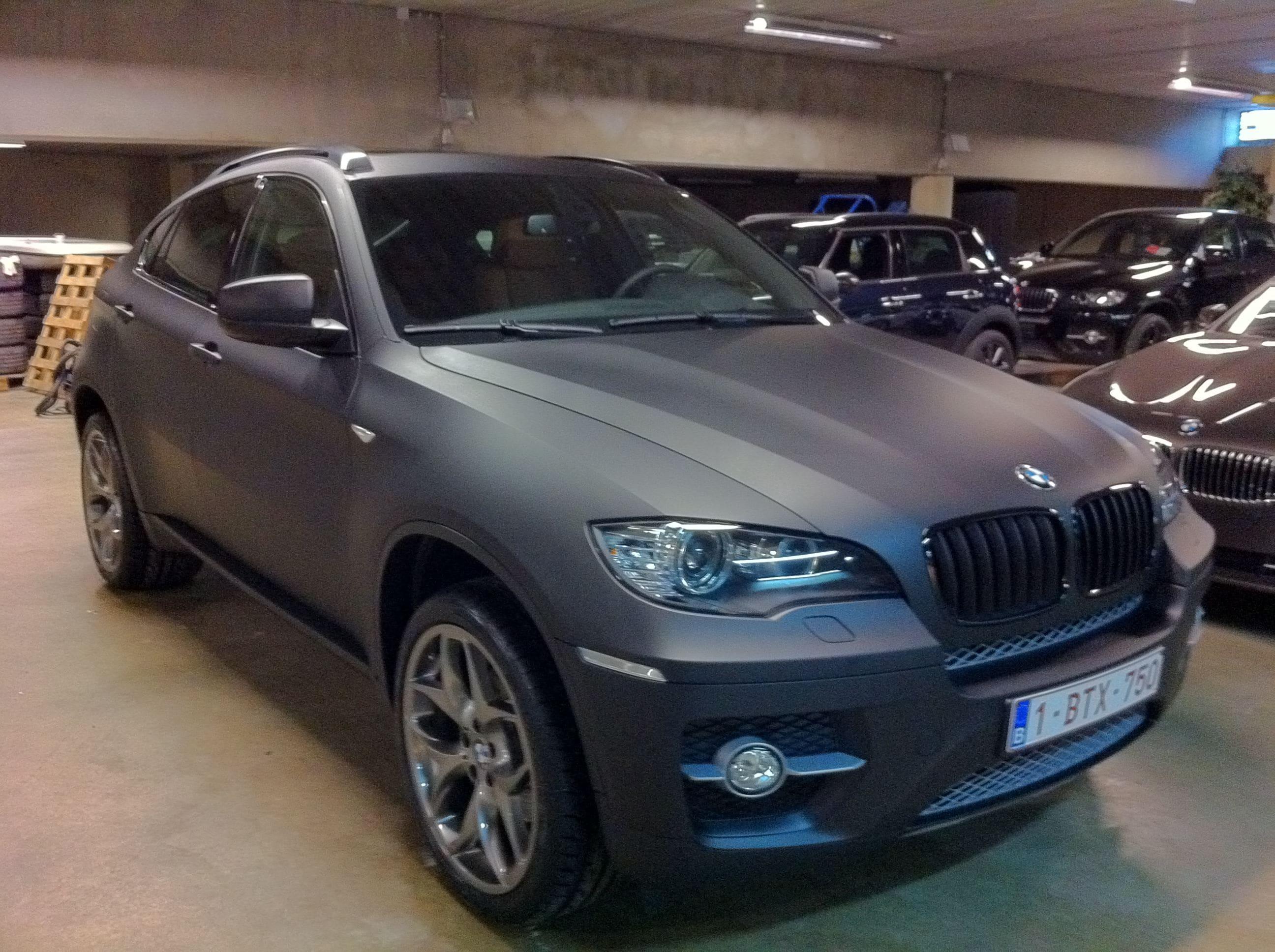 BMW X6 met Mat Zwarte Wrap, Carwrapping door Wrapmyride.nu Foto-nr:5489, ©2020